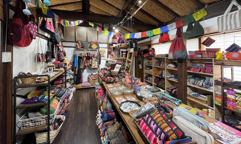 店舗写真 - 旅する雑貨屋ゆいゆい堂